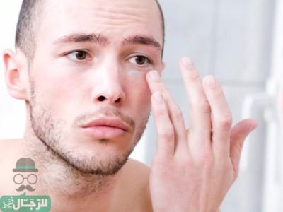 تعرف على الأسباب التي تؤدي إلى الانتفاخ تحت العين وكيف تعالج هذا بالطرق الطبيعية