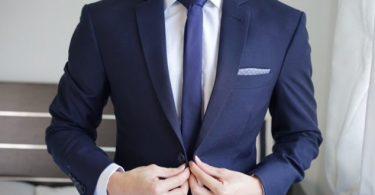 7 نصائح من أشهر مصممي الأزياء من أجل أناقة الرجل القصير