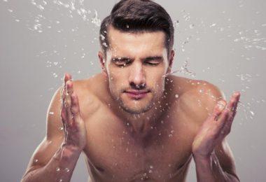 تنظيف البشرة في المنزل في 6 خطوات سهلة وبسيطة
