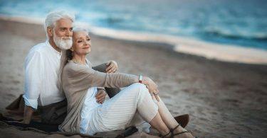 """6 عبارات يجب أن يقولها كل زوجين لبعضهما أهم من """" بحبك """""""