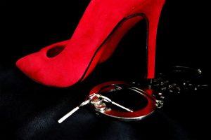 تخيلات زوجتي الجنسية وكيف أتعامل معها؟