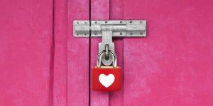 ما هي أضرار عدم ممارسة العلاقة الزوجية للمرأة لفترة طويلة؟
